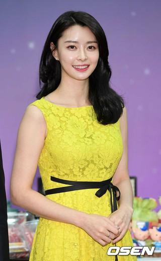HELLOVENUS ナラ、tvN「私のおじさん」出演確定。俳優イ・ソンギュン、IUと共演へ。来年上半期放送。