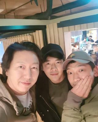 俳優キム・スロ、SNS更新。俳優クォン・サンウ &歌手Rain(ピ) と。