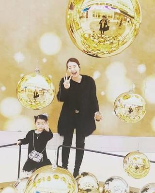 女優ソ・イヒョン、SNS更新。娘との2ショット。