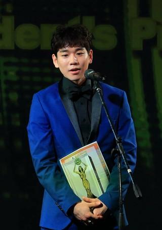俳優ペク・ソビン、ロシアソチ映画祭で主演男優賞を受賞。