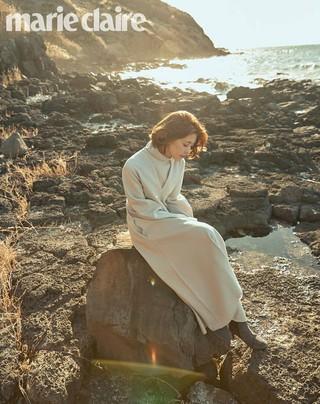 女優イ・ユンジ、画報公開。雑誌「marie claire」。