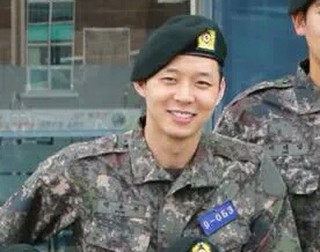 「JYJ」ユチョン、入隊訓練中に怪我?