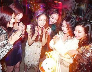 チョン・リョウォンの誕生日に集結した韓国を代表する美人たち!普通に撮ってもグラビア級
