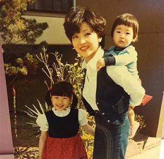「god」ソン・ホヨン、幼い頃の写真を公開!優秀な遺伝子一家に驚き!?