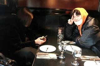 俳優イ・ジョンソク、母親と梨泰院デートを楽しむ!母思いな一面