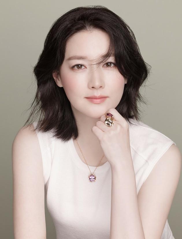 女優イ・ヨンエ、疎外階層のために1億5000万ウォンまた寄付する。 | コリトピ | コリアトピック