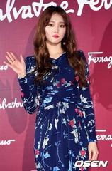 女優イ・ソンギョン、度々報道される熱愛説にストップを掛ける!?