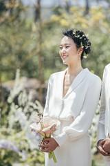 女優ユン・ジンソ、済州島の自宅でガーデンウェディング♪幸せいっぱいの姿を公開♡