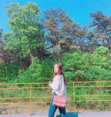「チャングム」子役出身の女優イ・セヨン、初夏の自然を散策する妖精♡