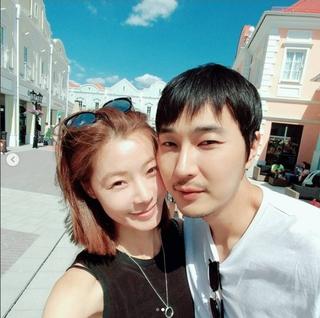 女優ユン・ソイ&チョ・ソンユン夫婦・・・新婚旅行中の様子を公開!ラブラブ