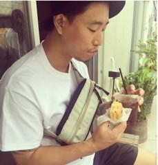 「Leessang」ケリ、結婚後の日本での近況を公開!カフェでのひととき。