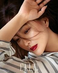 女優キム・ヒソン、ファッション誌で魅せた大人の色気が素敵!