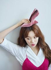 女優イ・ソンギョン、「Ferragamo」女性シューズコレクションに韓国代表として抜擢!