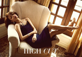 女優ハン・イェスルのドキッとするようなセクシー美に注目!