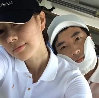 クォン・サンウ♡ソン・テヨン夫婦は毎日ラブラブ♪ツーショットで近況を伝える。