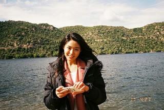 """「AOA」ソリョン、フィルムカメラで写した""""アナログ美""""が素敵なショット♪"""