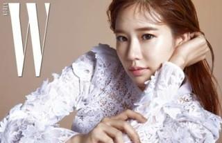 女優ユ・インナ・・・欠点のない肌と雰囲気あるメイクアップでグラビア登場!