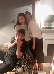 「ベテラン」で共演!チャン・ユンジュ×ユ・アイン、友人らで集まり特別な夜を楽しむ♪