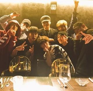 「YG」ヤン・ヒョンソク代表が「iKON」のメンバーたちを大絶賛♪
