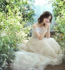 明日(30日)結婚式を控えている女優イ・シヨンのウエディング姿!本当に妊娠7ヶ月?!