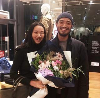 モデルのチャン・ユンジュ夫婦が幸せなおでかけを楽しむ♪