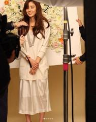 アラサー女優キム・ソンリョン、50代とは思えないキュートな魅力公開