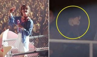歌手IUのコンサートで号泣する親友、女優ユ・インナの姿。