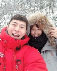 新婚ソン・ジェヒ♥チ・ソヨン、美しい笑顔で幸せいっぱい