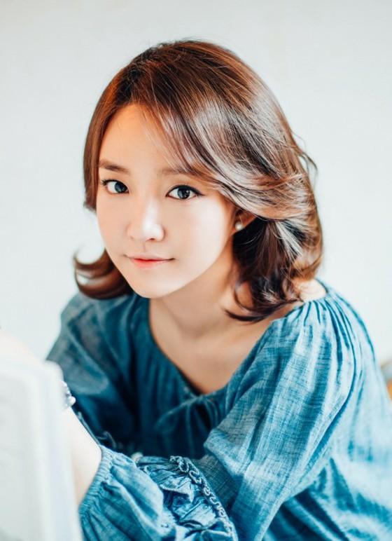 歌手ユンナ、5年以上もうつ病を...