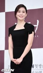 """女優イ・ボヨンが""""母親""""として選んだ作品、ドラマ「Mother」。"""