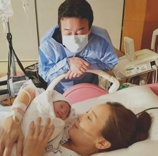 ソ・ユジン♡ペク・ジョンウォン夫婦に第三子となる女の子が誕生♪