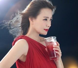 女優ソン・テヨン、ビューティーブランドの広告撮影でカリスマ大爆発!