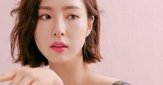 春を先取り!女優シン・セギョンが魅せるキュートな「Dior」のピンクコスメ♪