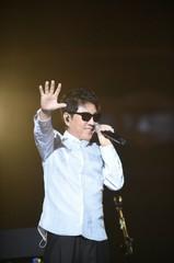 歌手チョ・ヨンピルがデビュー50周年記念コンサートを開催!