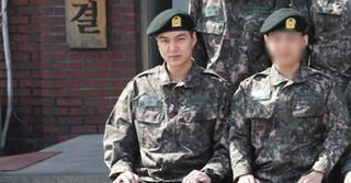 俳優イ・ミンホ、陸軍訓練所での団体写真が公開される!