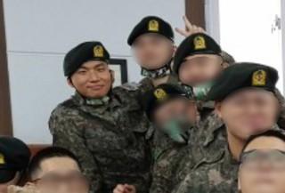 「BIGBANG」テソン、訓練所での近況がキャッチ!熱心に信仰活動を行う姿。