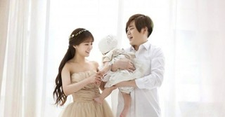 ムン・ヒジュン&ソユル夫婦、愛娘のトルジャンチ(1歳の誕生日会)を開く♪