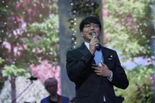 歌手ソン・シギョン、7年目となる単独コンサート「祝歌」ソウル公演を大盛況に終える!