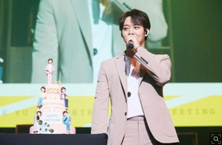 「JYJ」ユチョン、3年ぶりファンミーティングも復帰は時期尚早?