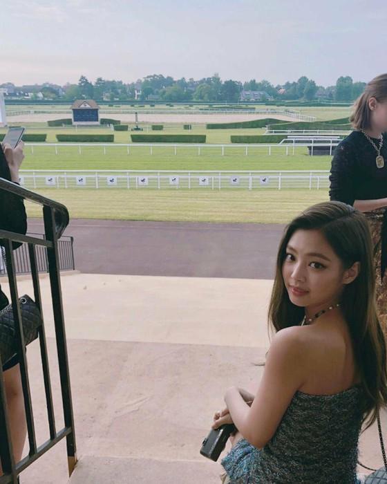ブラックピンク ジェニ 私服