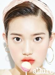 歌手ミンソ、ファッション誌で毛穴一つない健康的な美肌を披露!