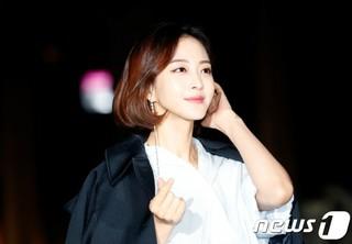 女優ハン・イェスル、元マネージャーが代表をつとめる新事務所に移籍!