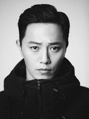 """俳優チン・グ、""""非核化""""をベースとした新ドラマ「プロメテウス」に出演決定!"""