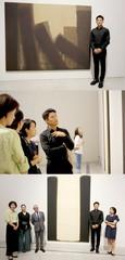 俳優チ・ジニ、単色画の巨匠ユン・ヒョングン展のオーディオガイドに参加する!
