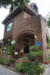 【韓国カフェ】水踰(スユ)カフェの道にある静かなカフェ「NORWEGIANWOOD」