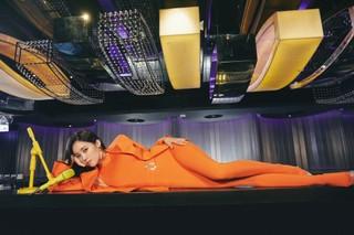 元「T-ARA」ヒョミン、強烈なオレンジでカムバックティーザーを見せる!
