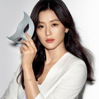 女優チョン・ジヒョン、第二子出産後も変わらぬ美貌!新広告写真が公開!