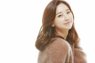 ガールズグループ「SunnyHill」出身のキム・ウニョン、事務所移籍で女優として再出発!
