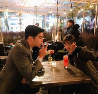 「まずは熱く掃除せよ」の主人公、キム・ユジョン&ユン・ギュンサンが仲良しツーショットを見せる!
