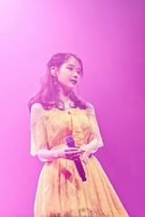 歌手IU、デビュー10周年ツアーファイナルは済州島で!あの夫婦もゲスト出演!